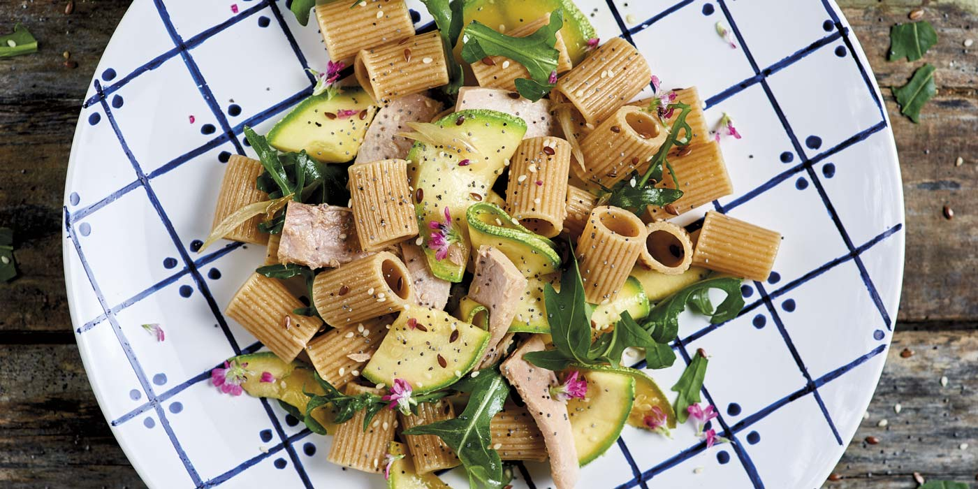 Ricetta Mezzi Rigatoni con Zucchine, Tonno e Rucola - La Molisana
