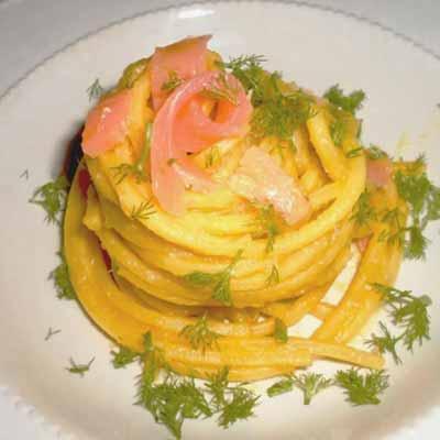 Ricetta Spaghetto Quadrato con crema di finocchi e salmone - La Molisana