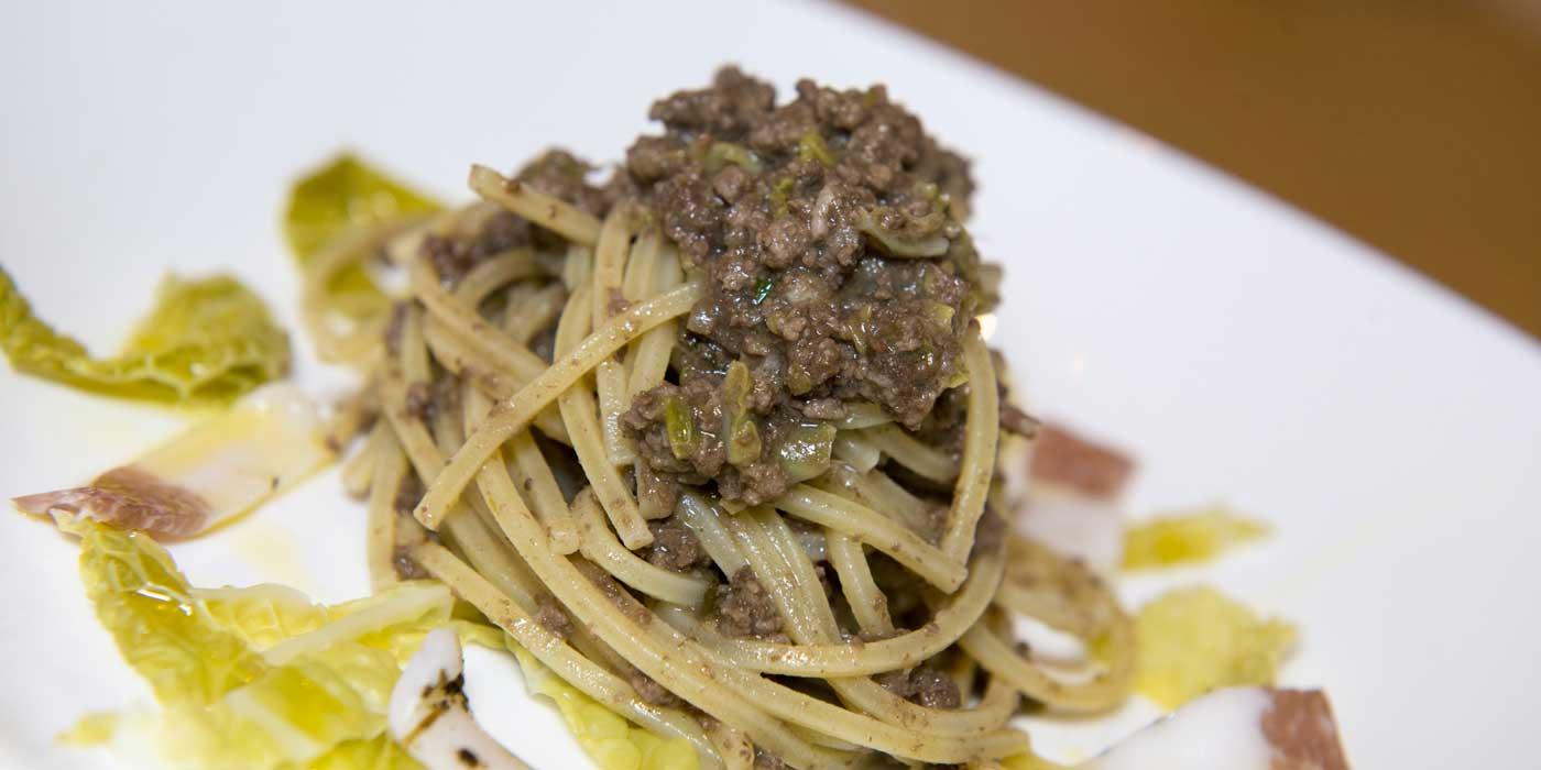 Ricetta Spaghetto Quadrato al tapulone di equino al Nebbiolo - La Molisana