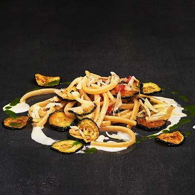 Ricetta Scialatielli alla Nerano con colatura di alici, umeboshi e caciocavallo silano - La Molisana