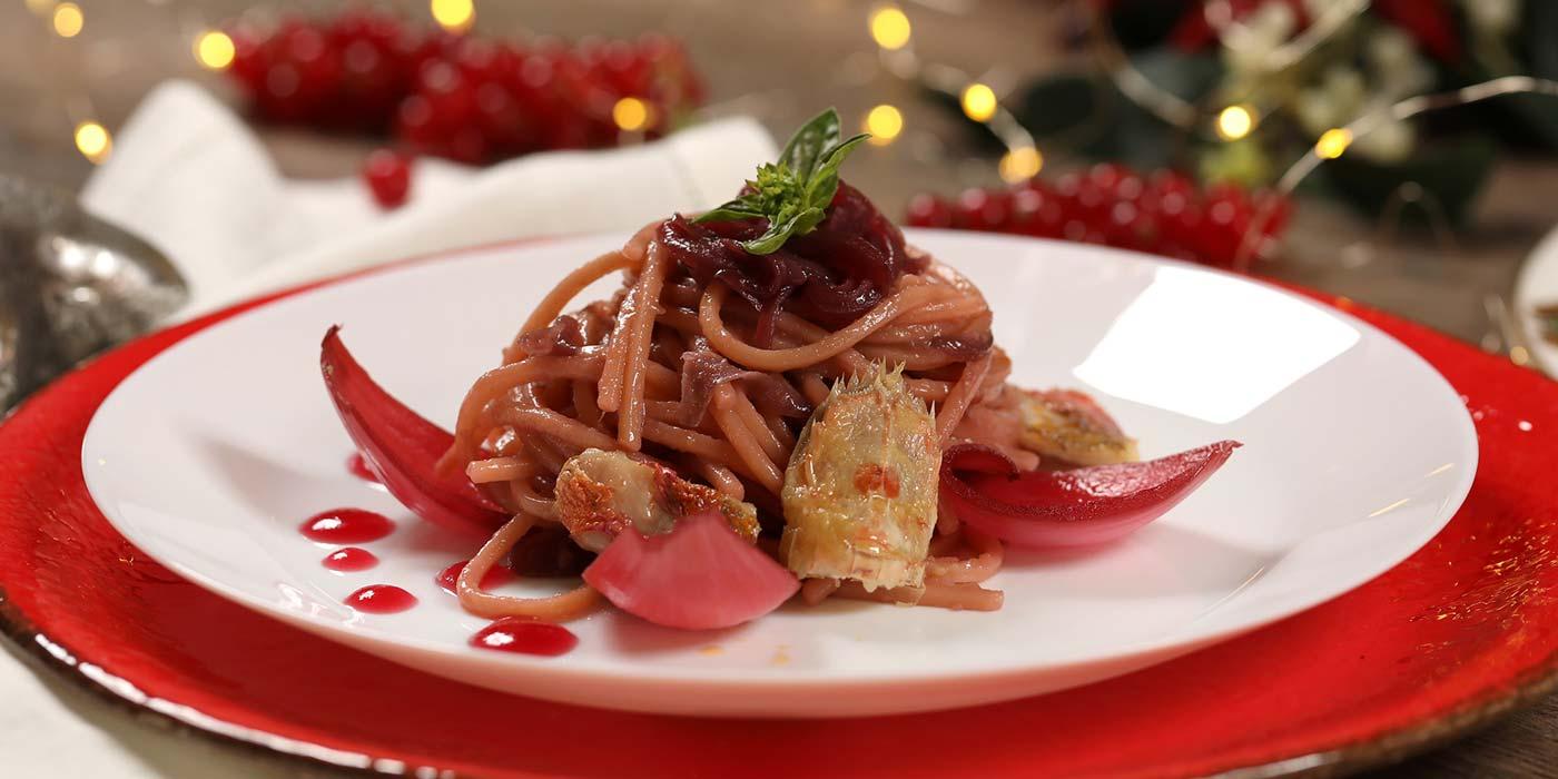 Ricetta Spaghetto Quadrato laccato alla cipolla fondente, cicale e triglie di scoglio - La Molisana