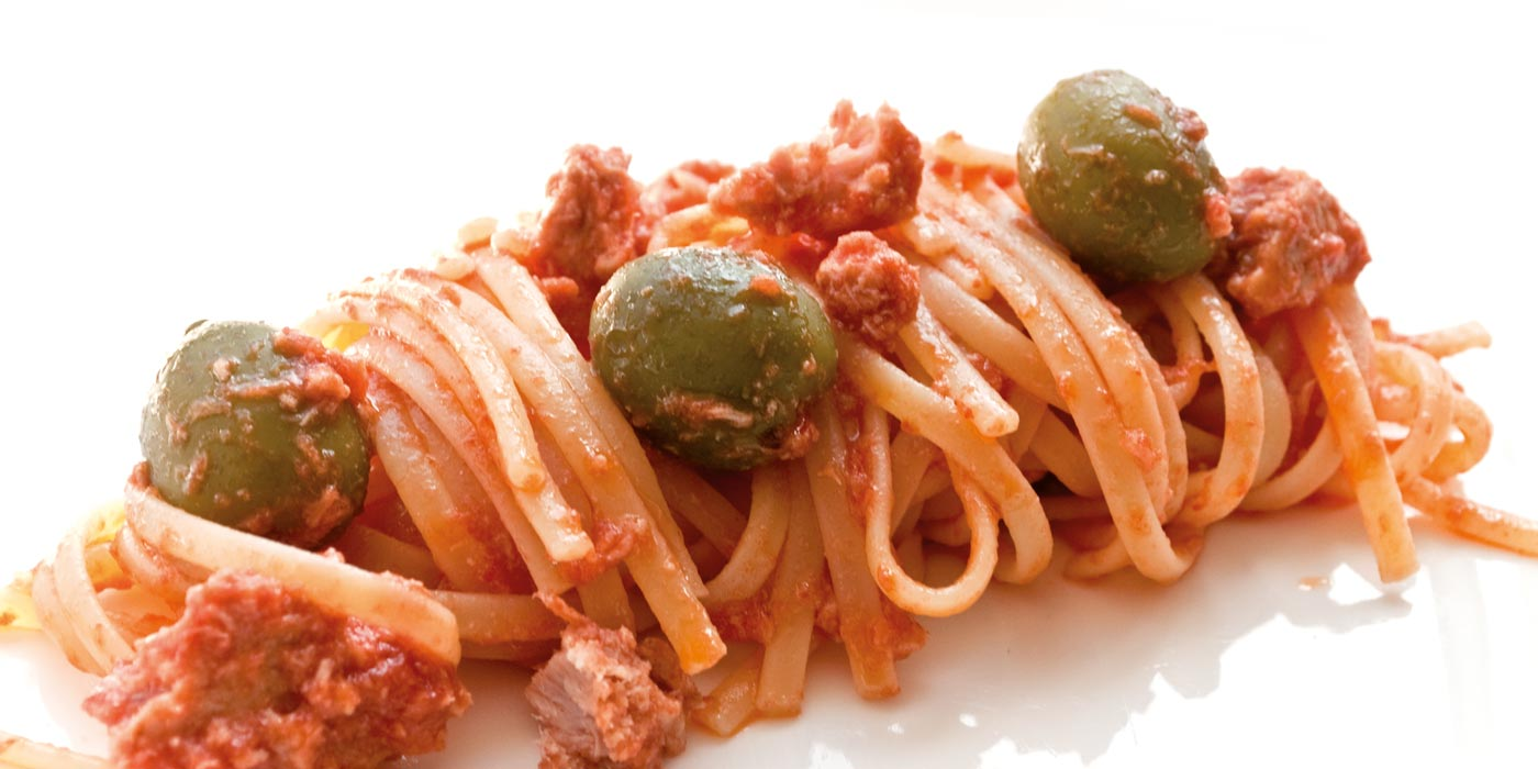 Ricetta Linguine La Molisana con olive, tonno e pomodorini