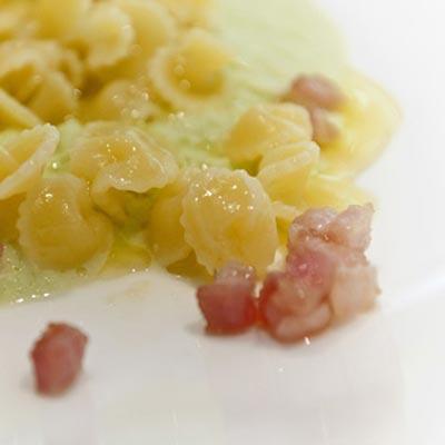 Ricetta Funghetti con purea di verza e pancetta croccante