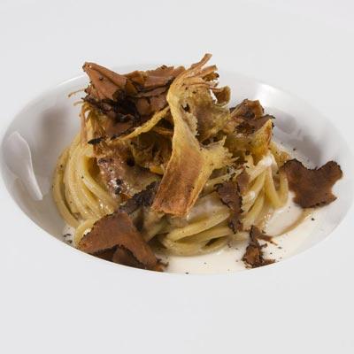 Ricetta Spaghetto Quadrato La Molisana con crema di carciofo, tartufo nero pregiato e fonduta di taleggio