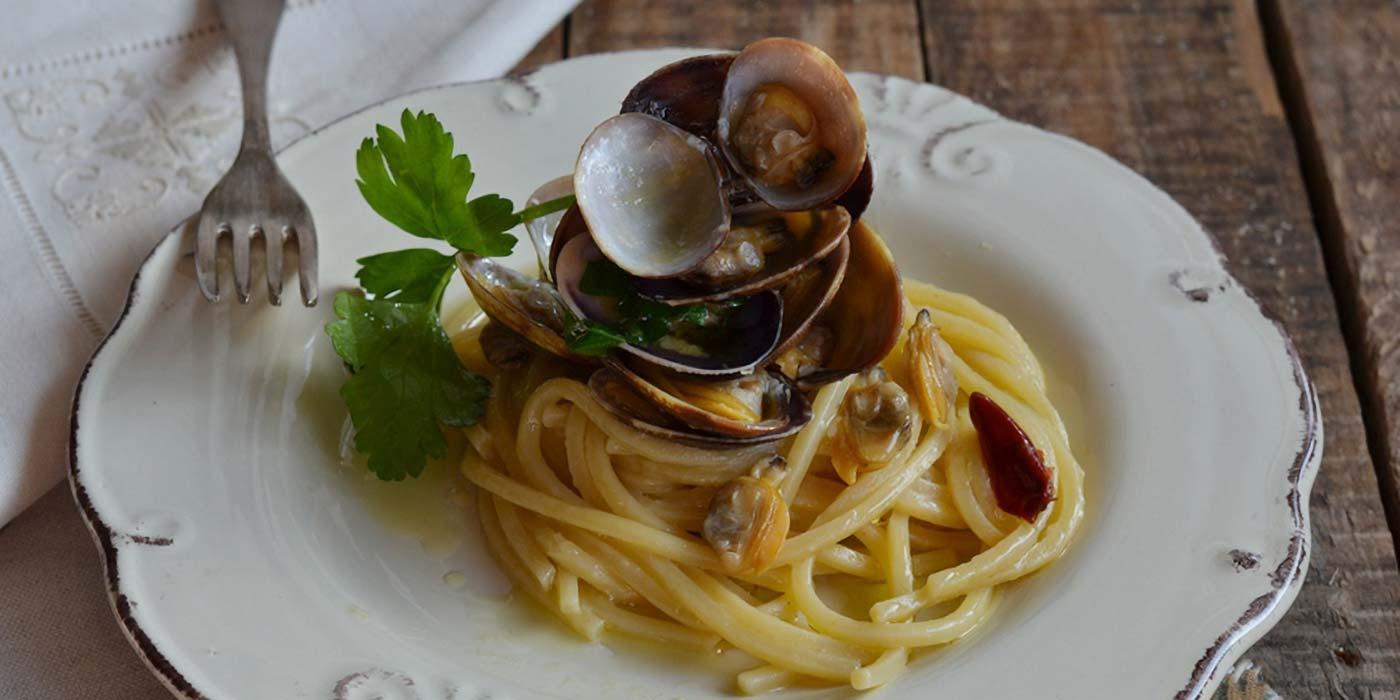 Ricetta Spaghetto Quadrato La Molisana alle vongole veraci e ceci neri