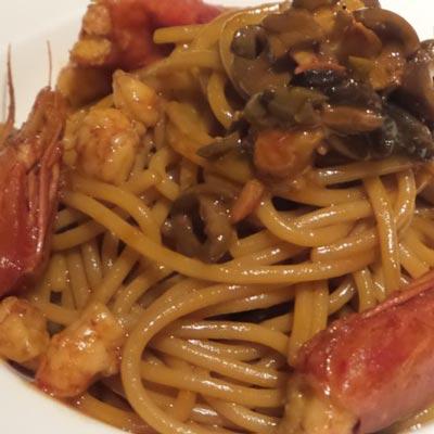Ricetta Spaghetti integrali con gamberi rossi e olive taggiasche - La Molisana